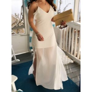 Dresses & Skirts - 🆕 Sandra White Ruffle Maxi Dress